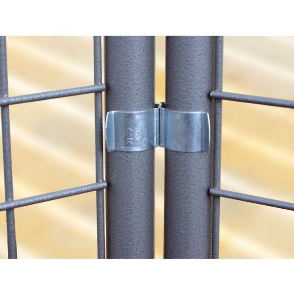 metalowa konstrukcja ekspozycyjna mocowanie