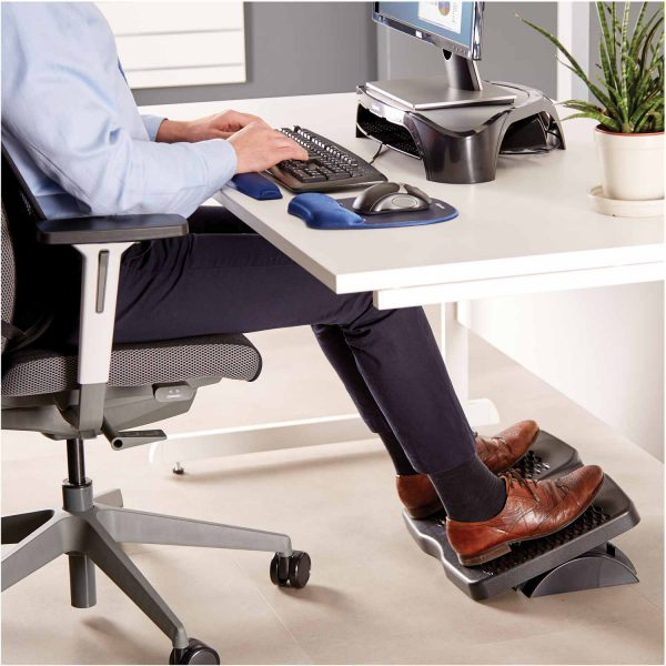 www 8066001 Refresh FootSupport LS Person INSET