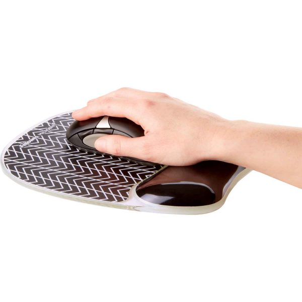 www 9653401 PhotoGel Chevron Mouse Inuse