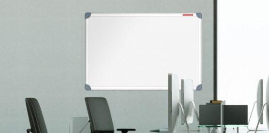 Prezentacja: Flipcharty, Tablice, gabloty, ekrany, projektory, ramy plakatowe, stojaki ekspozycyjne, monitory interaktywne