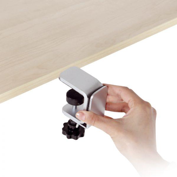Uchwyt montowany do blatu biurka na panel ochronny